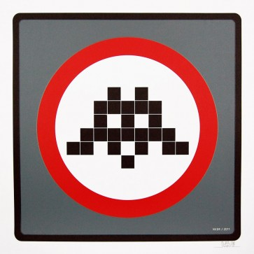 Space Invader – Warning Invader (Grey)